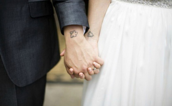 Only for meeting you at the time, 9 couples tattoo sharing